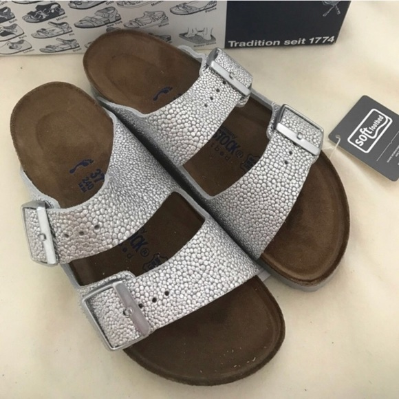 669c1527a Brand new Arizona Birkenstock soft footbed sandals